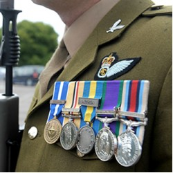 How to wear your Medals